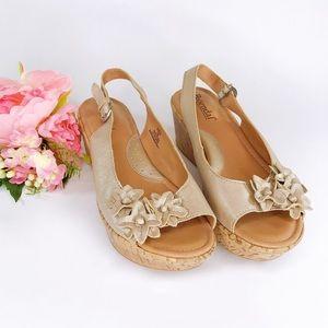 Bjorndal Gold Daphne Wedge Platform Sandal Size 7